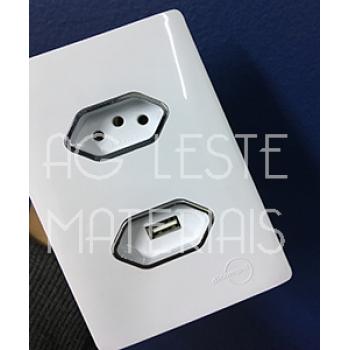 Conjunto USB 2A + Tomada 10a 4x2 - Novara Branco Brilhante Cromado